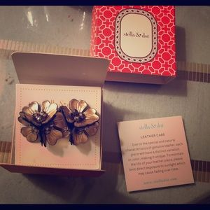 Juliana Stella&Dot stud earrings/ leather petals